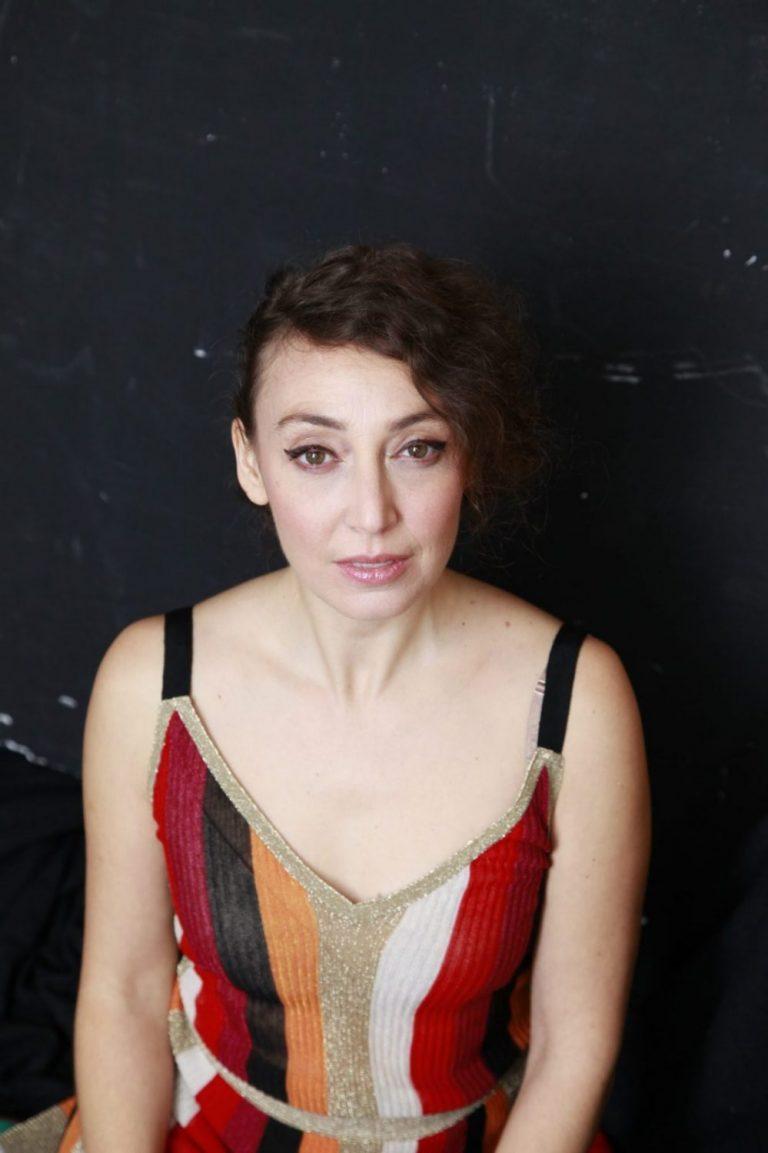 Ela Cosen